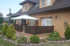 taras-przed-domem